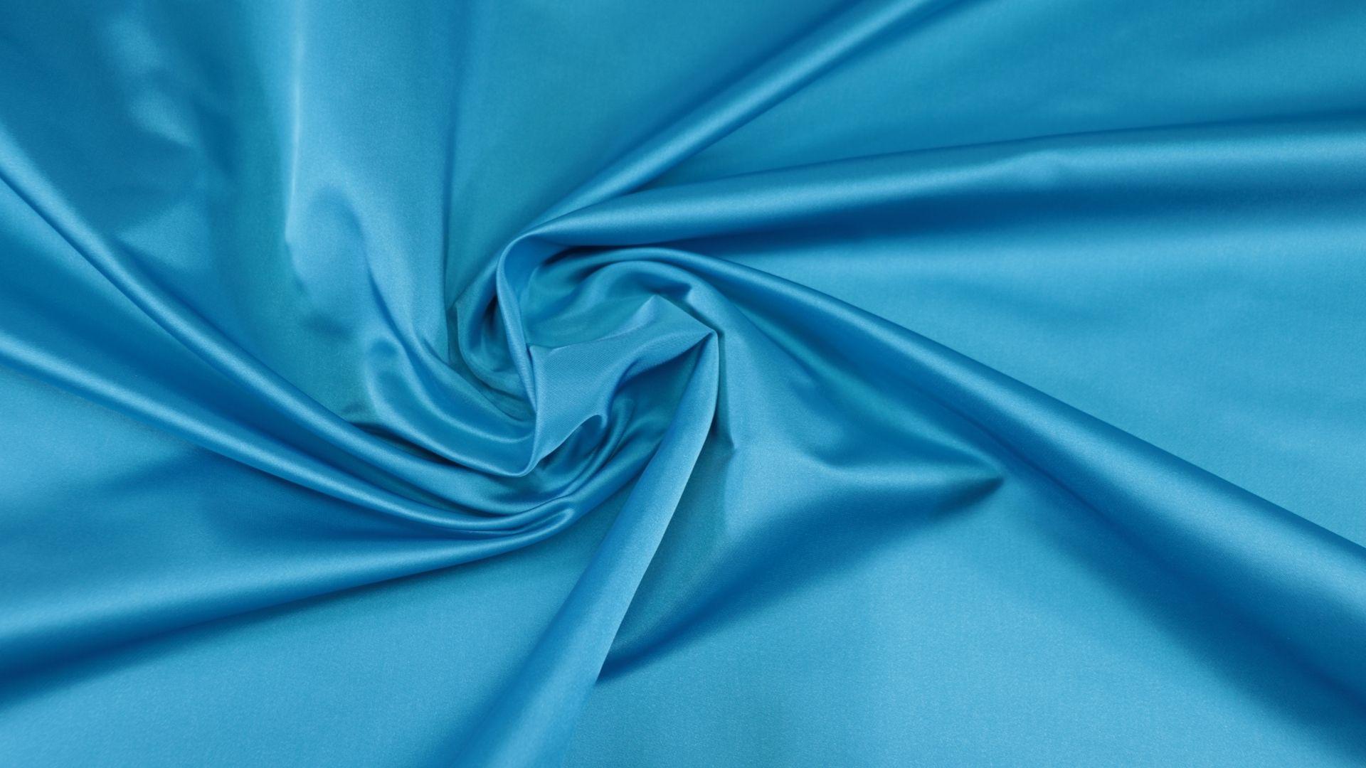 il particolare del tessuto anzio, appartenente alla categoria uniti serici, di Leadford & Logan