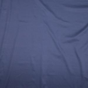 il particolare del tessuto blunas, appartenente alla categoria uniti lino e cotone, di Leadford & Logan
