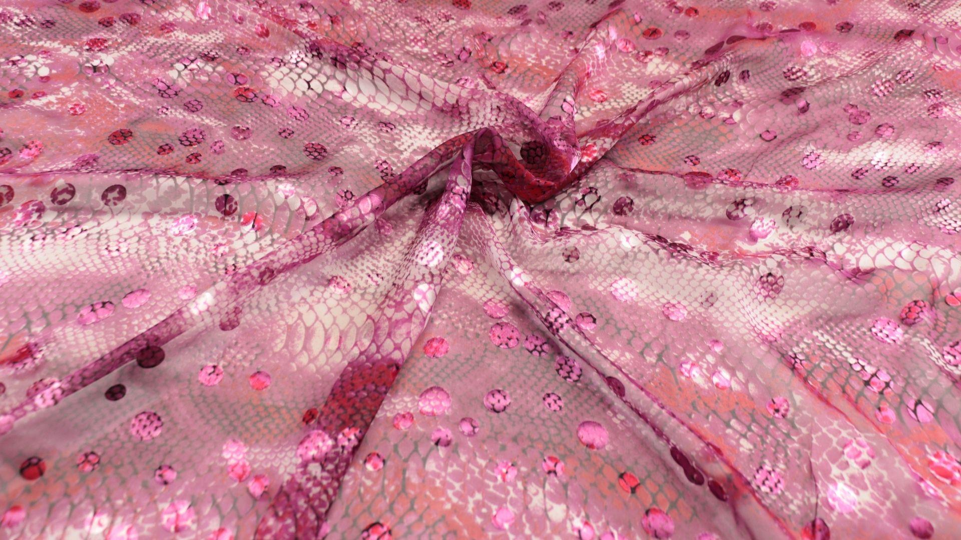 il particolare del tessuto caprice, appartenente alla categoria stampe devorè, di Leadford & Logan