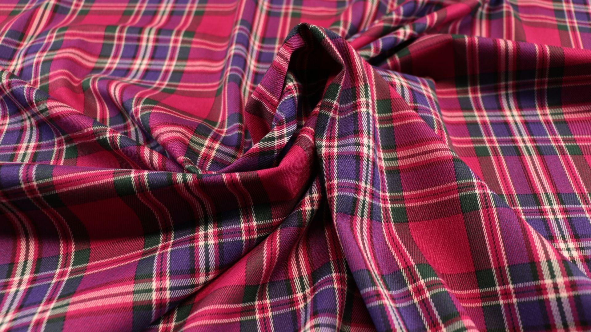 il particolare del tessuto cork tartan, appartenente alla categoria fantasie classici, di Leadford & Logan