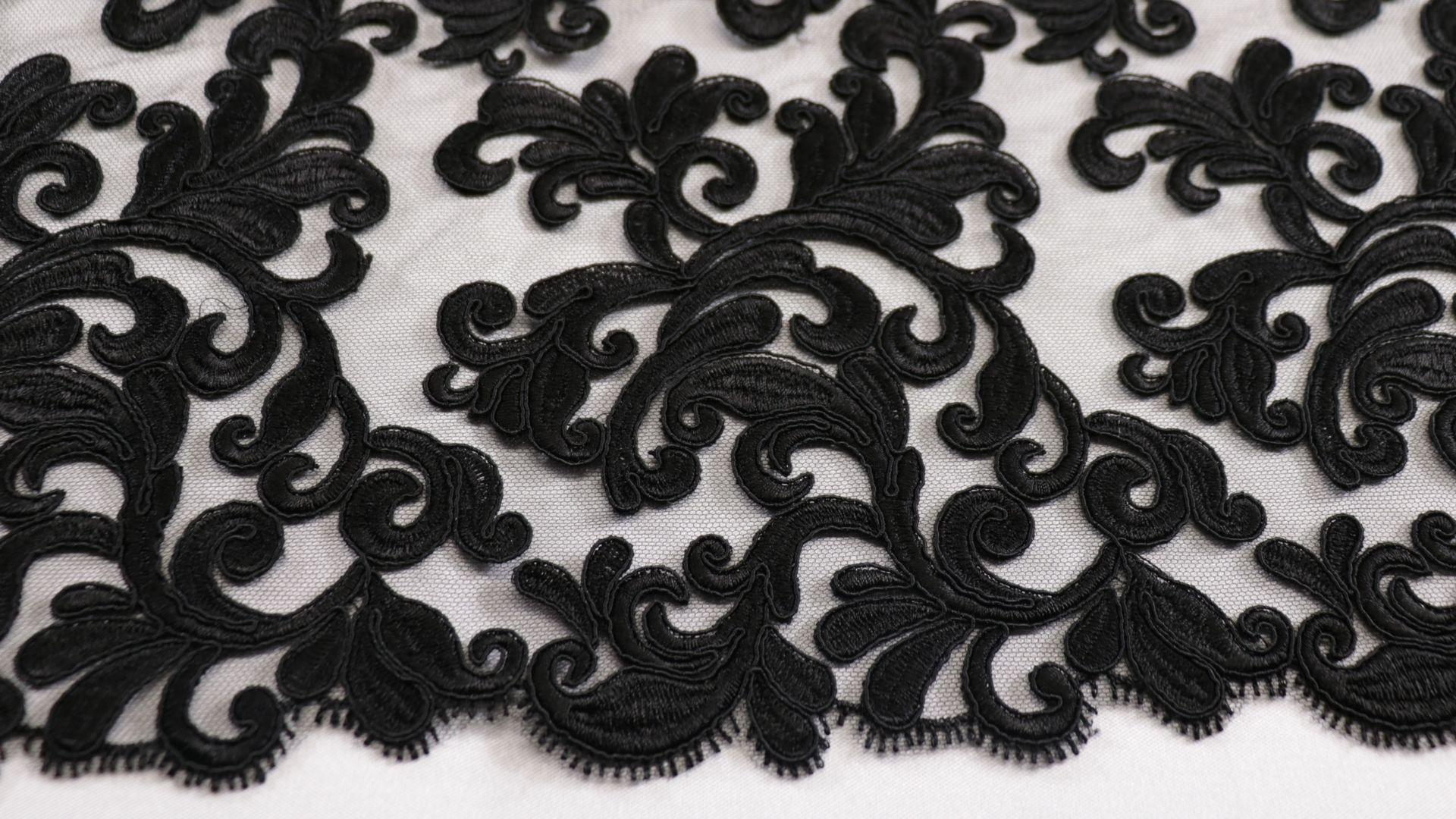 il particolare del tessuto lv10248, appartenente alla categoria ricami senza accessori, di Leadford & Logan