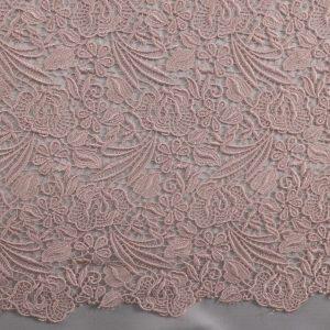 il particolare del tessuto lv11520, appartenente alla categoria ricami senza accessori, di Leadford & Logan