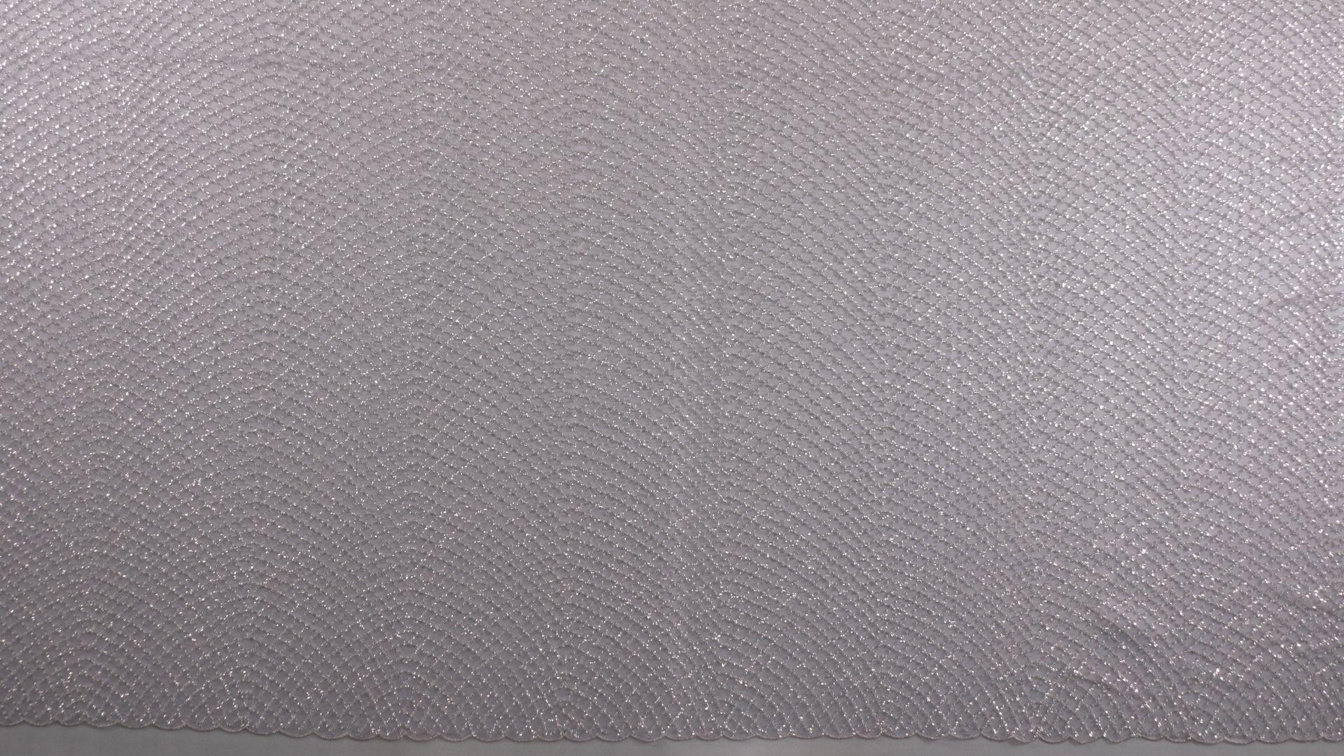 il particolare del tessuto lv440300, appartenente alla categoria ricami con accessori, di Leadford & Logan