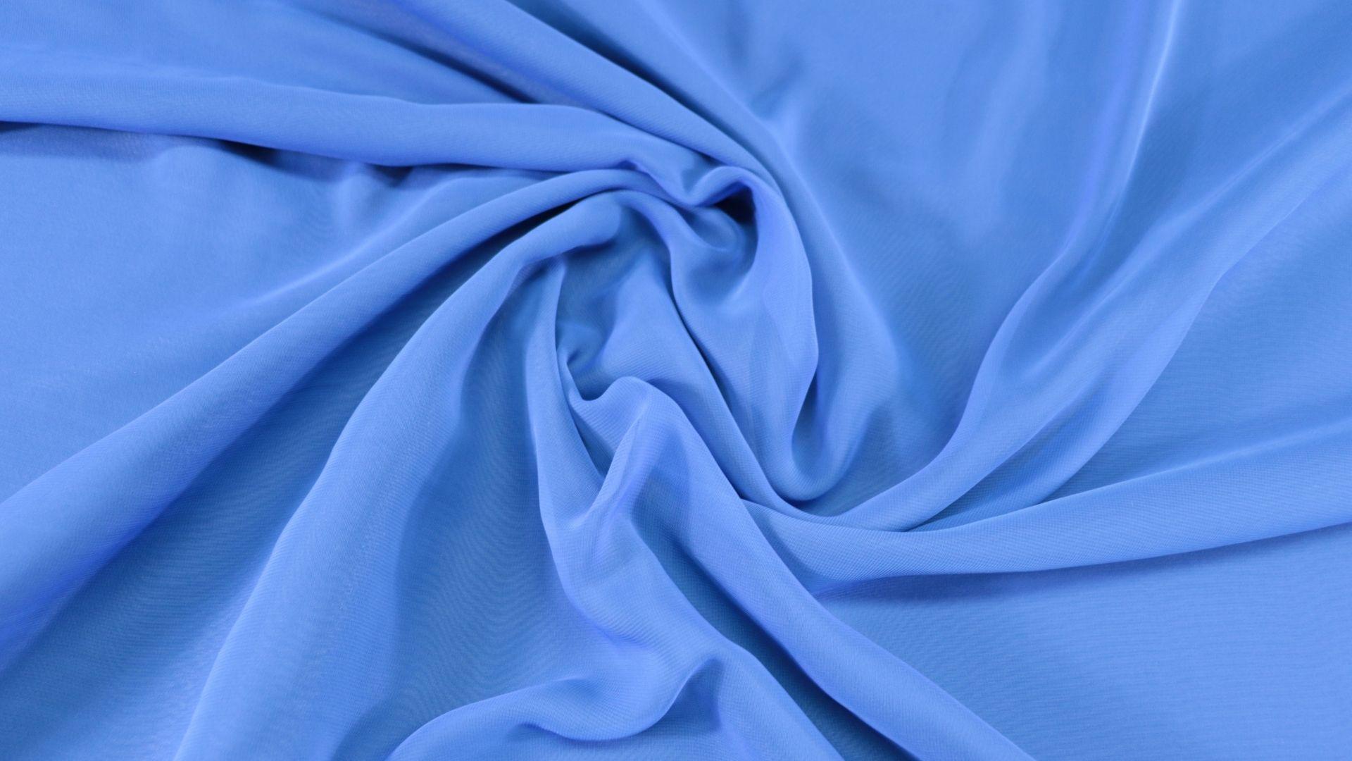 il particolare del tessuto single chiffon, appartenente alla categoria uniti serici, di Leadford & Logan