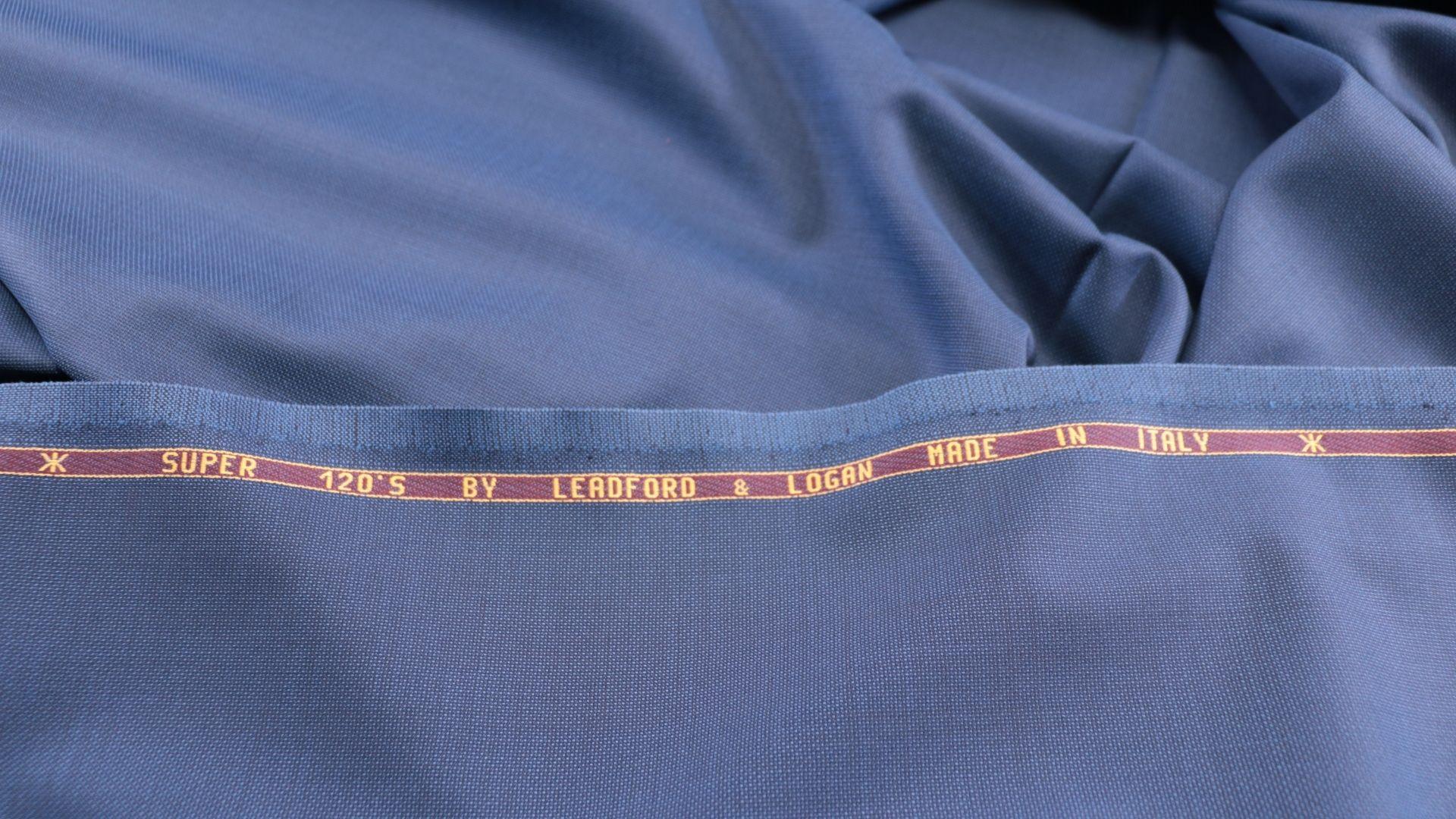 il particolare del tessuto tasmania986000, appartenente alla categoria uniti seta, di Leadford & Logan