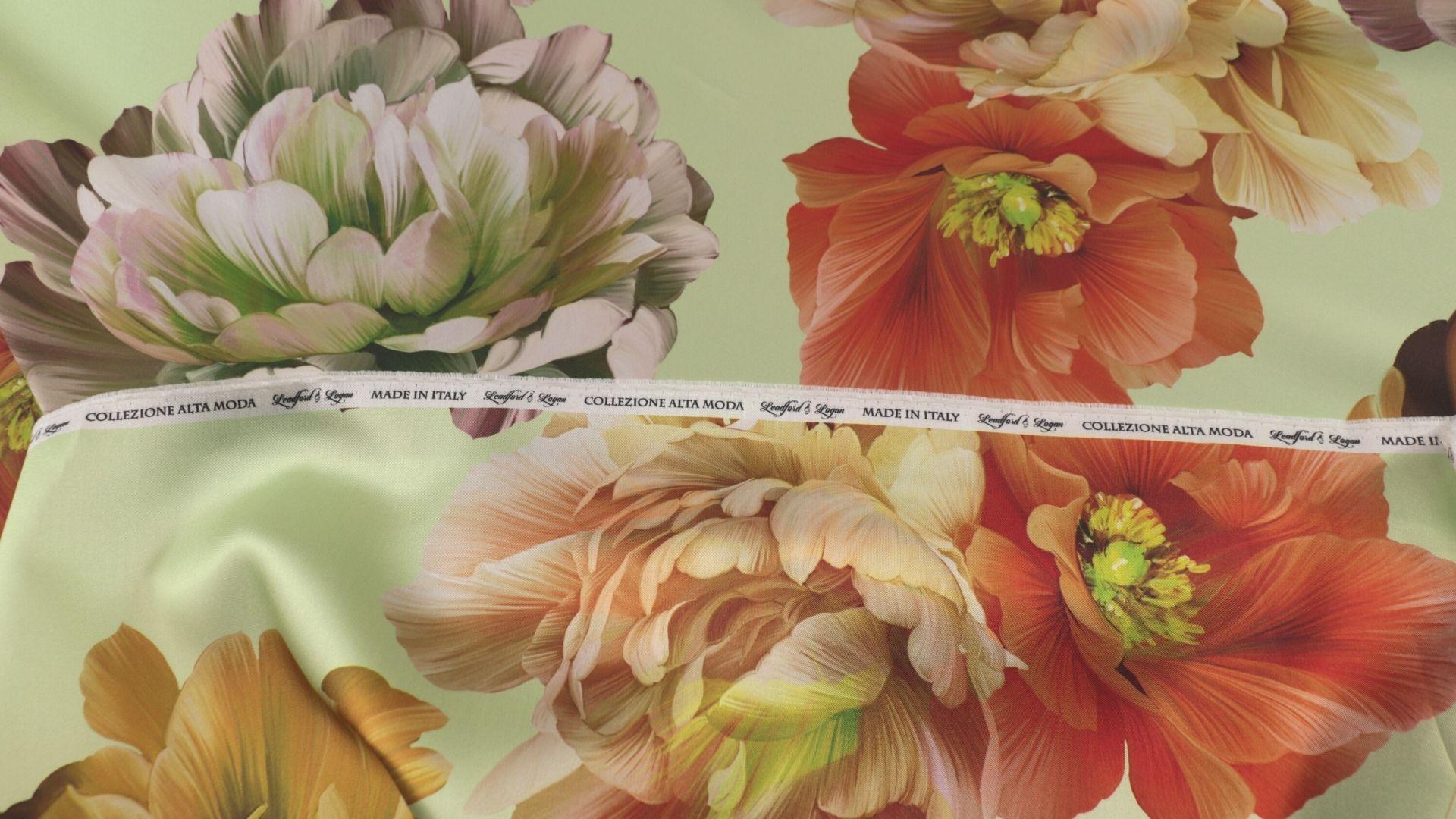 il particolare del tessuto valencian disegno 802, appartenente alla categoria stampe-poliestere-fibremiste, di Leadford & Logan