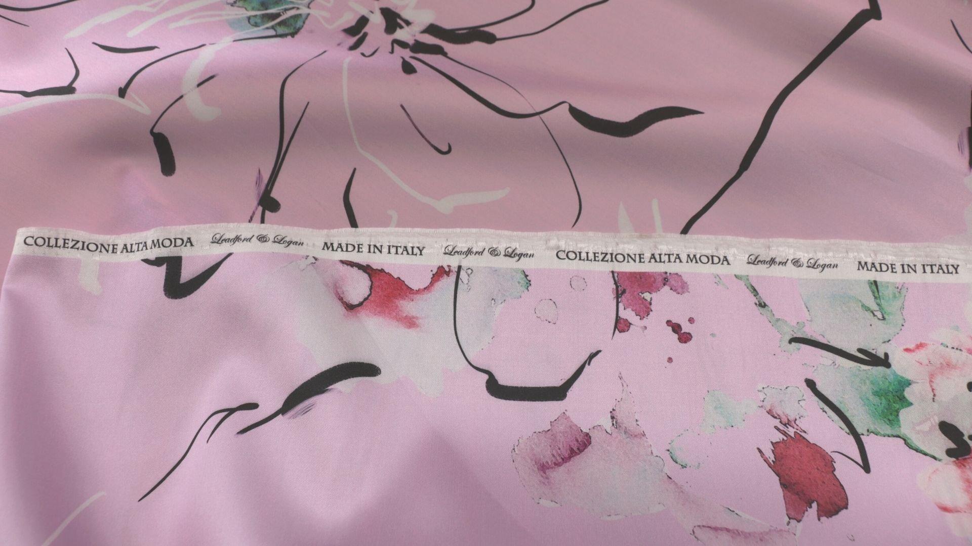il particolare del tessuto valencian disegno 804, appartenente alla categoria stampe-poliestere-fibremiste, di Leadford & Logan