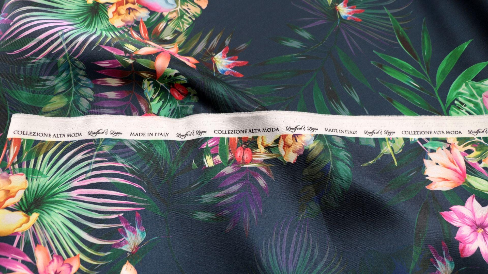 il particolare del tessuto valencian disegno 837, appartenente alla categoria stampe-poliestere-fibremiste, di Leadford & Logan